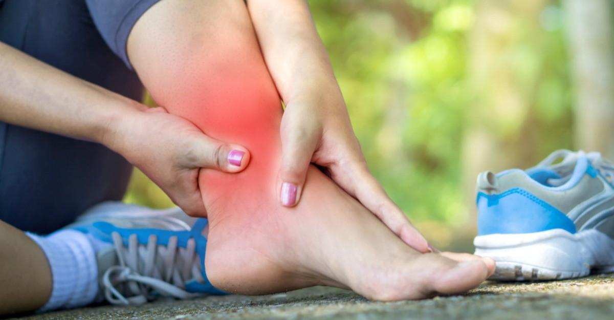 entorsa a tratamentului articulației genunchiului durere articulară winstrol