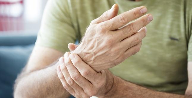 artrita reumatoidă a articulațiilor umărului