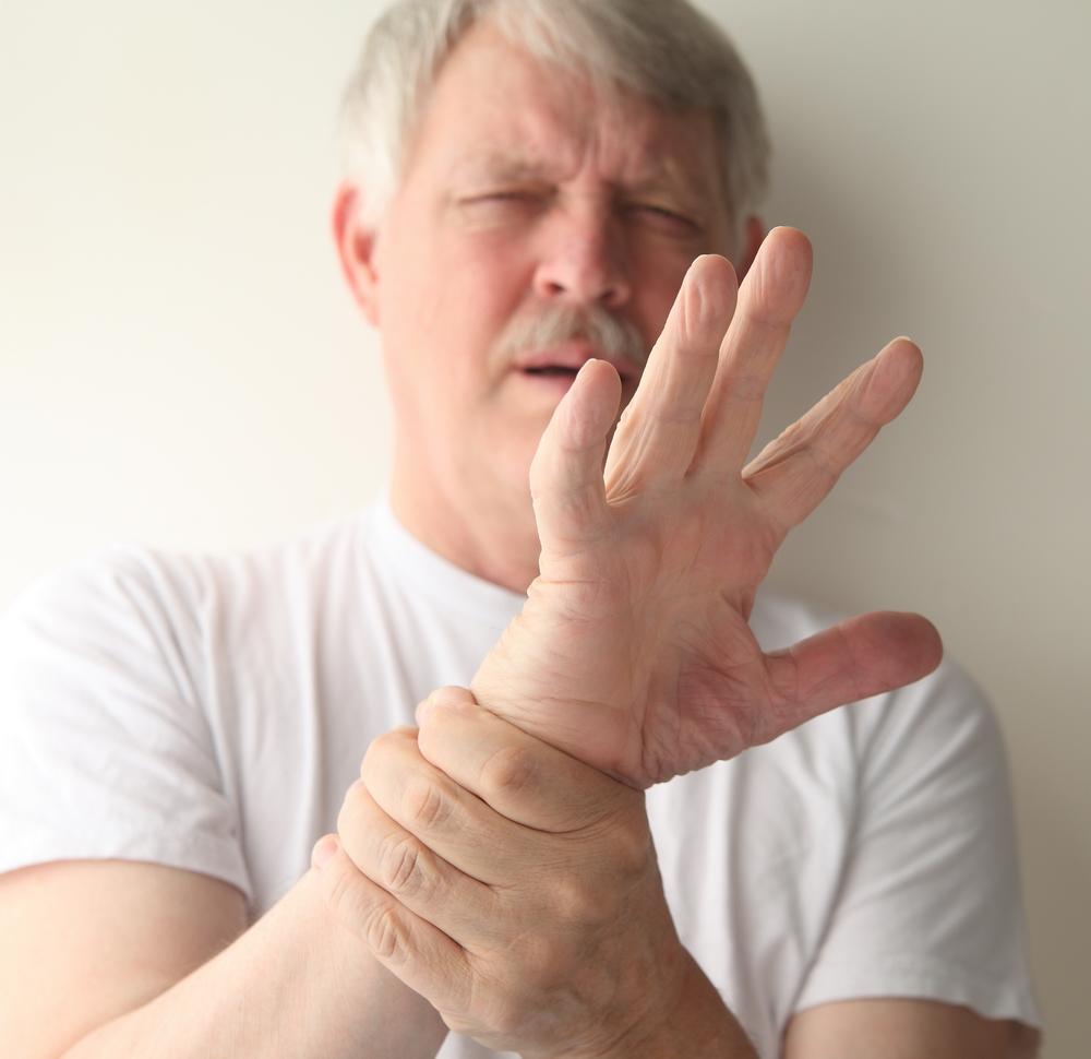 durere în articulația unui deget învinețit artroza ortopedistă a genunchiului