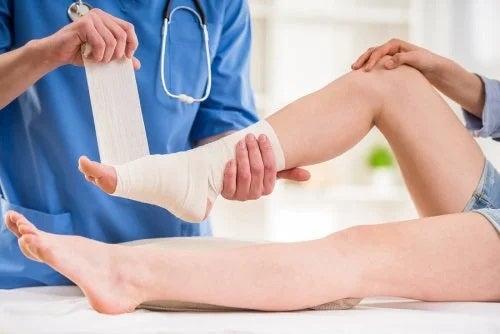 ameliorați inflamația genunchiului în artroză