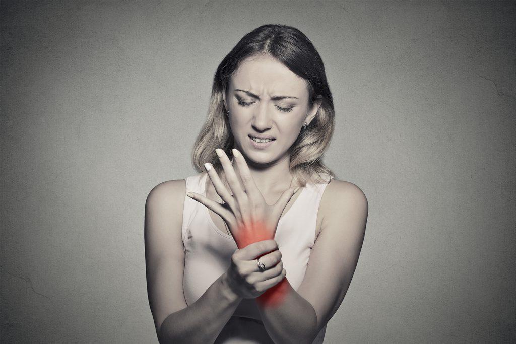 cât durează inflamația articulațiilor durere după criză articulară