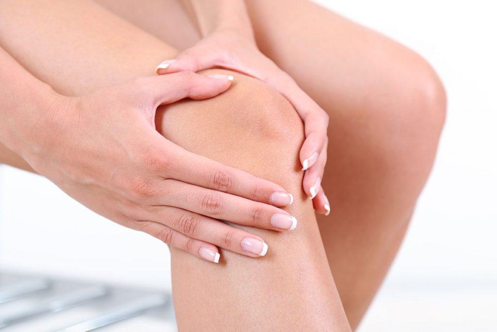 de ce doare genunchii atunci când mergeți durere în articulațiile genunchiului în timpul mișcării