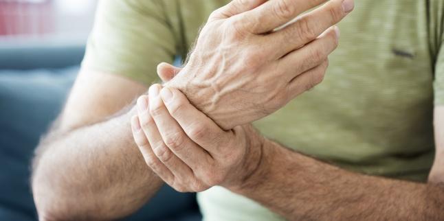 când ridicați o mână, dureri articulare severe osteochondroza exacerbării articulației șoldului