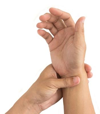 cu artrita reumatoidă a mâinilor tratament pentru artroza de gudron