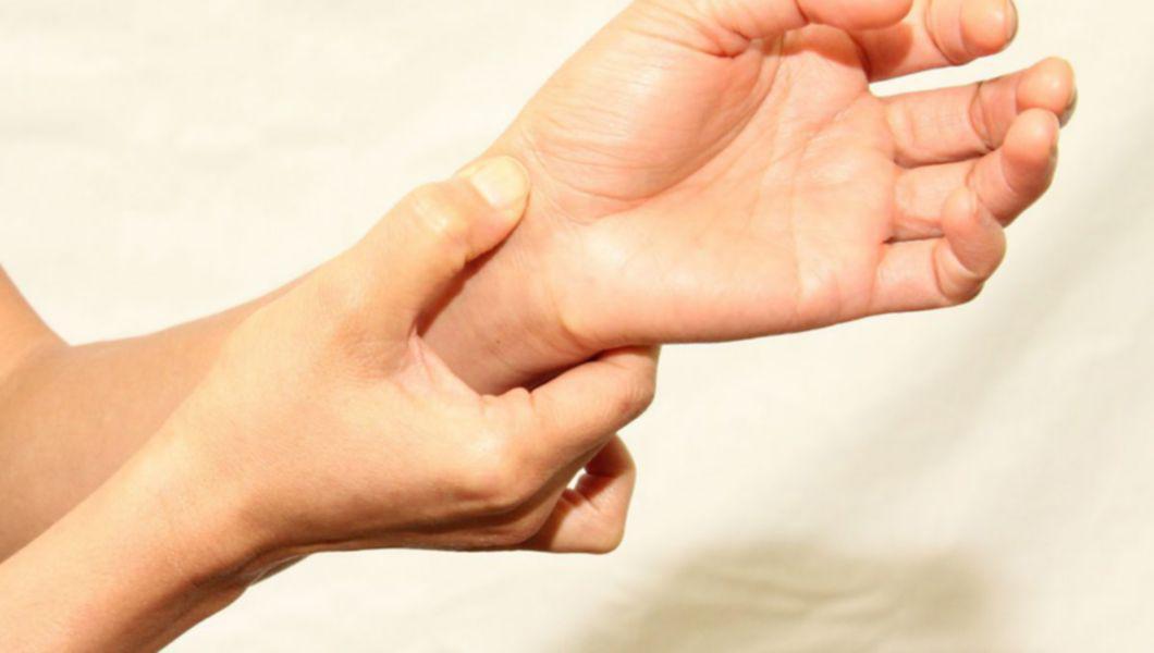 cum să tratezi leziunile ligamentului de la încheietură