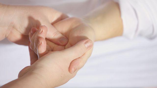 vitamine pentru durerea în articulațiile genunchiului unguent pentru articulațiile biliare