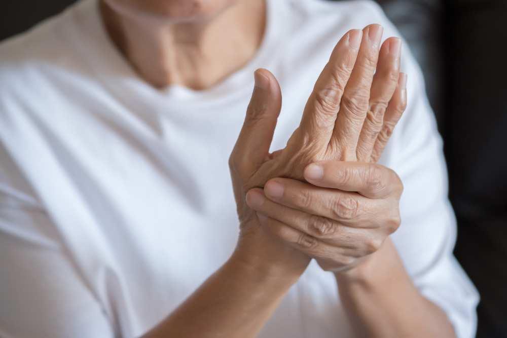 inflamația articulară în mână unguente de acțiune complexă în osteochondroză