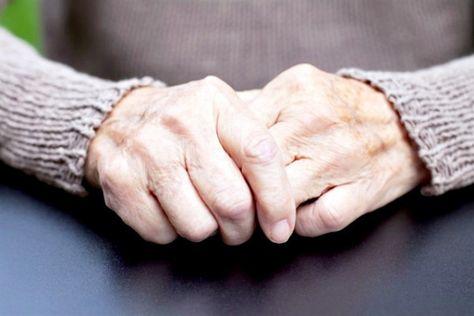 tratamentul artritei și artrozei la vârstnici cum doare articulațiile la genunchi