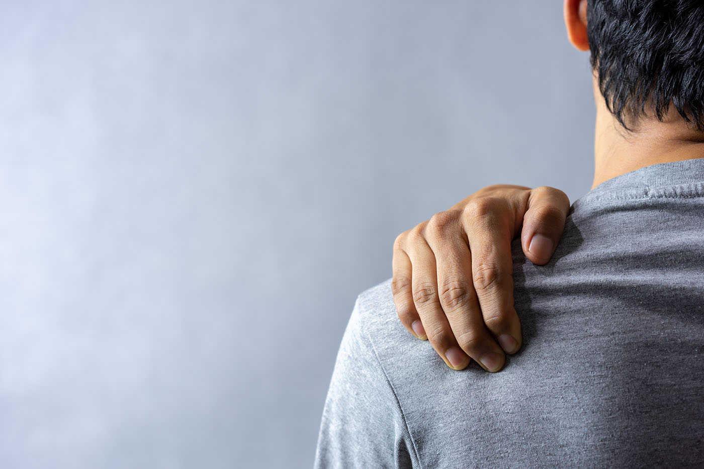 durere articulară condroitină dureri crampe la nivelul genunchiului